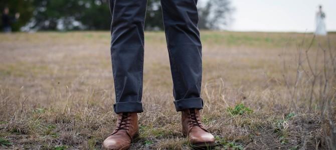 Spodnie męskie na spotkanie biznesowe – jak je wybrać?